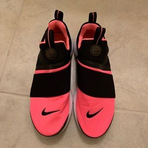 Nike Coral and Black Presto Slip On Tennis Shoes
